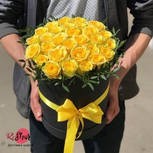 Цветы в чёрной коробке, жёлтая роза 29шт, №67