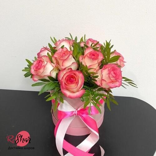 Цветы в розовой коробке, Джумилия роза 9шт, №64