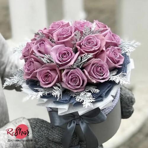 Цветы в серой коробке, Мери Тим роза 17шт, №73